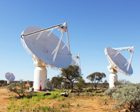 ASKAP antennas at the MRO, installed with two different generations of phased array feeds. Credit: CSIRO